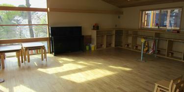 園舎 白い教室